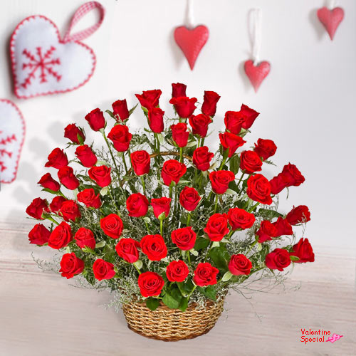 Deliver V-Day Gift of 51 Dutch Roses Basket