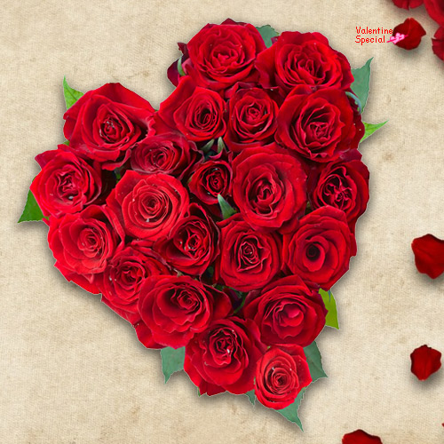 Rose Day Gift of Heart Shape Red Roses Arrangement