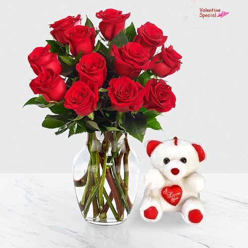 Arranged Red Roses in Heart Shape for Rose day