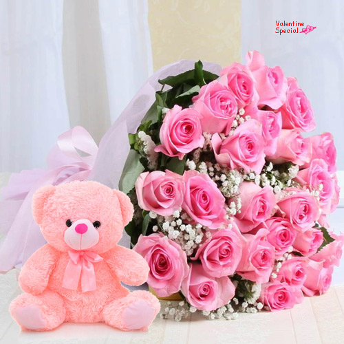 Send Pink Roses Bouquet N Teddy for Hug Day