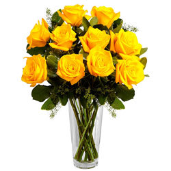 Lovely Arrangement of Yellow Roses in a Vase