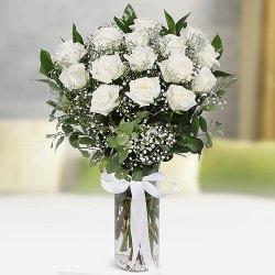 Elegant Vase Arrangement of White Roses