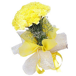 Lovely Yellow Carnations Bouquet