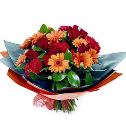 Mesmerizing Bouquet of Romantic Affair