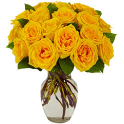 Lovely Selection of Yellow Roses in a Glass Vase