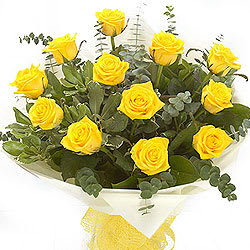 Stylish Timeless Love Twelve Yellow Roses Bunch