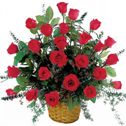 Eye-Catching Basket of Roses in Red Colour