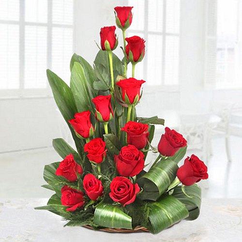 Silky-Smooth 15 Red Roses Premium Arrangement