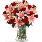 Amiable Premium Arrangement of Angelic Flowers
