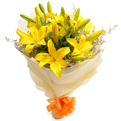 Deliver Online Yellow Lilies Bouquet