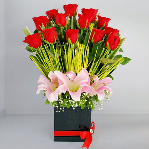 Majestic Pink Lilies n Red Roses Gift Box