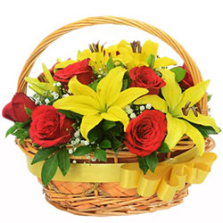 Magnificent Basket of Red Color Roses with Yellow Color Lilies