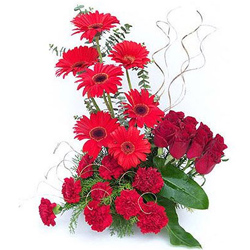Vibrant Bouquet of Roses, Gerberas N Carnations