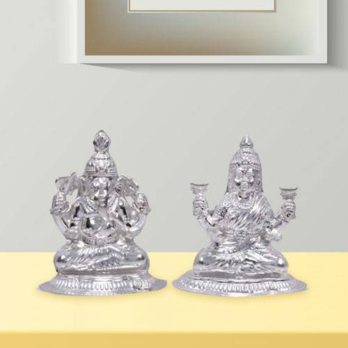 Sending Silver Laxmi Ganesha