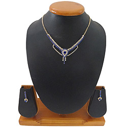 Scintillating Blue and White Stone Studded Necklace Set