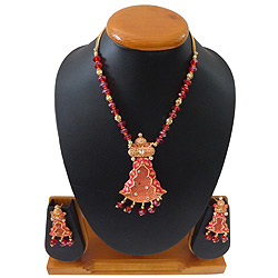 Luxurious Red Jewel Necklace with Matching Earrings