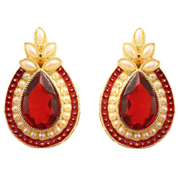 Enticing Earring Set Designed with Pearl N Stone