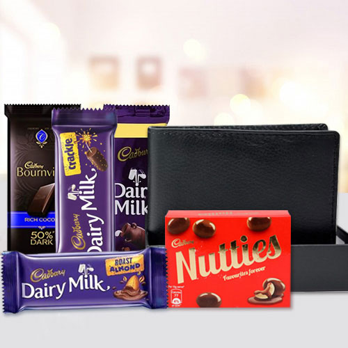 Attractive Mens Leather Wallet with Assorted Cadbury Chocolates