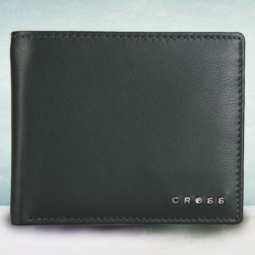 Attractive Green Mens Leather Wallet from Cross
