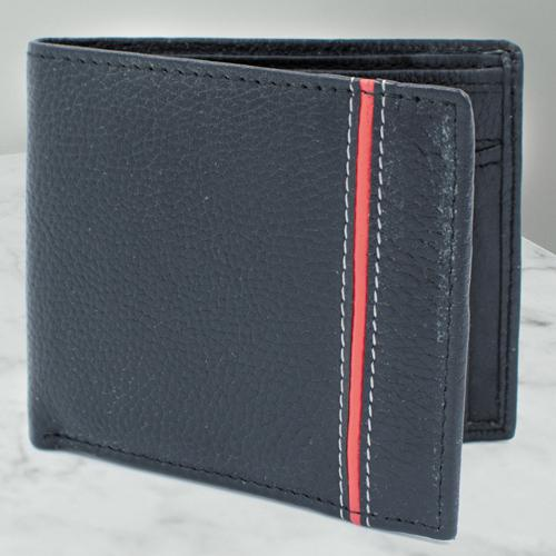 Remarkable Gents Black Color Leather Wallet