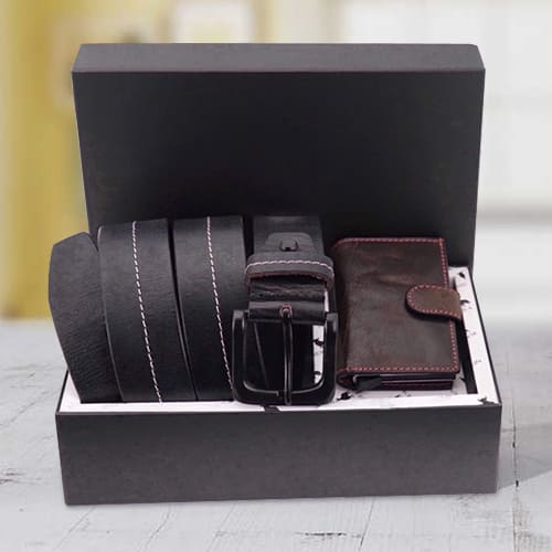 Wonderful Hide and Skin Mens Leather Card Holder and Middle Stitch Belt