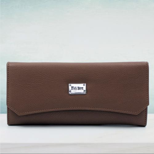 Pretty Leather Handbag for Women in Brown Color