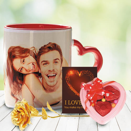 Wonderful Personalized Hearty Delight Combo Gift