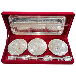 Silver plated set of  bowls with a tray and spoons