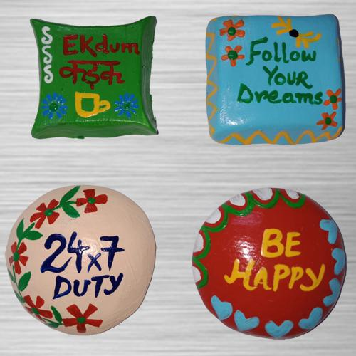 Eye-Catching 4 pcs Handmade Fridge Magnets