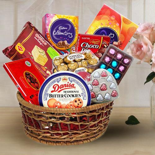 Marvelous Assortment Gift Hamper for Mothers Day