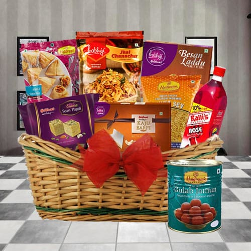 Buy Snacks Gift Basket