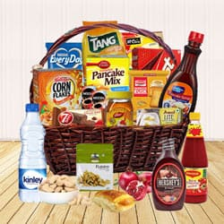 Gorgeous Sweetest Assortments English Breakfast Gift Hamper