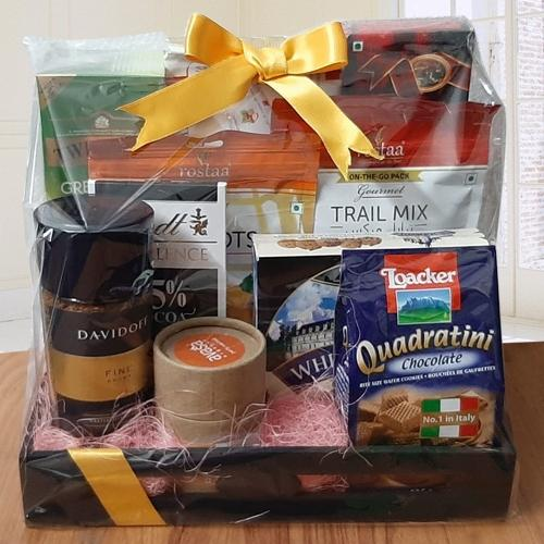 Marvelous Luxurious Goodies Gift Hamper