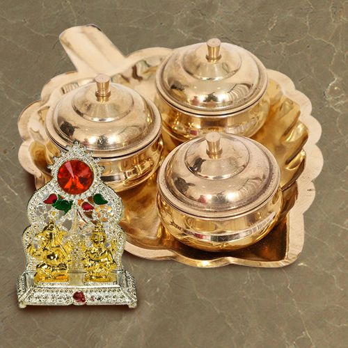 Marvelous Paan Shaped Thali with Dibbis N Ganesh Laxmi Mandap