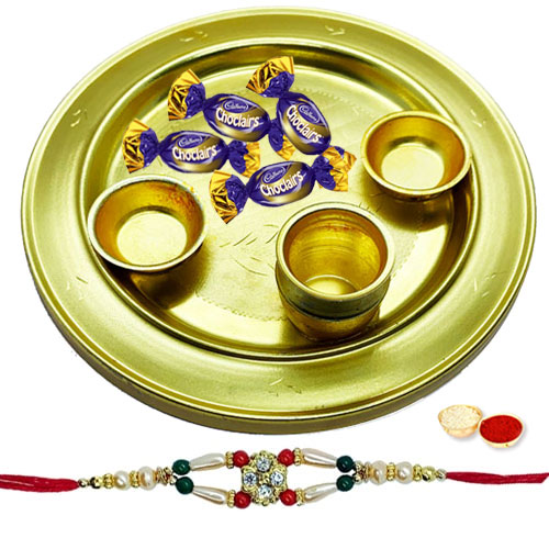 Impressionable Gift of Appealing 4 Eclairs decked in a Crafty Silver Plated Thali