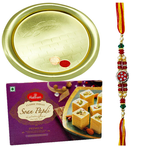 Extravagant Gift of Delicious 100 Gms of Soan Papri from <font color=#FF0000>Haldiram</font>s along with Enigmatic Gold Plated Thali