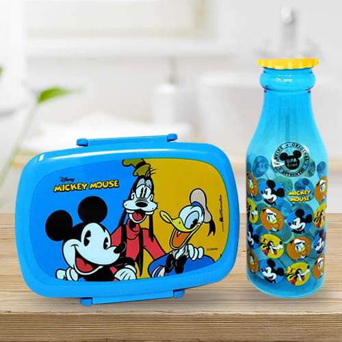 Exciting Disney Mickey Mouse n Water Bottle Set