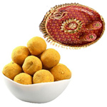 Traditional Combo of Tasty Besan Ladoo N Pooja Tray