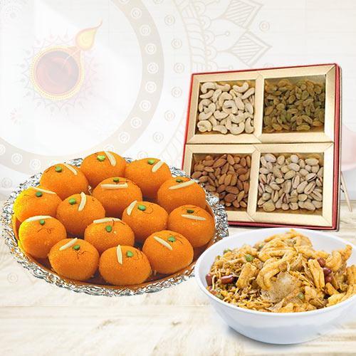 Appetizing Sweet N Savory Gift Combo
