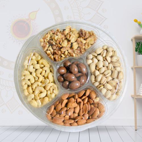 Exquisite Dry Fruits Gift Tray with Laxmi Ganesh Idol<br>