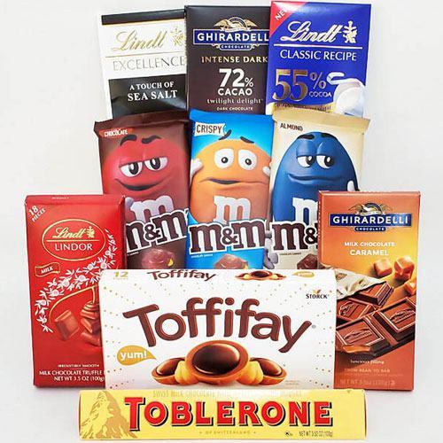 Festive Bonanza of Crunchy Chocolates