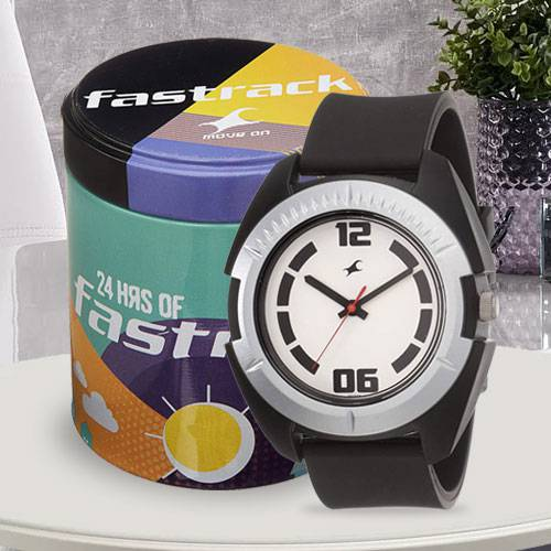 Remarkable Fastrack Casual Analog Mens Watch