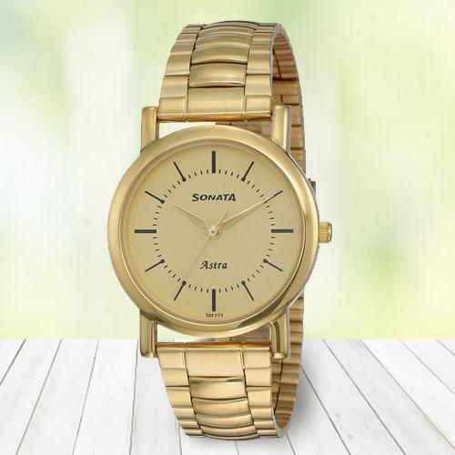 Stunning Sonata Analog Mens Watch