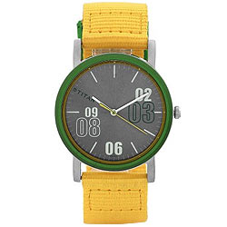 Sprightly and Sporty Reloj from Titan