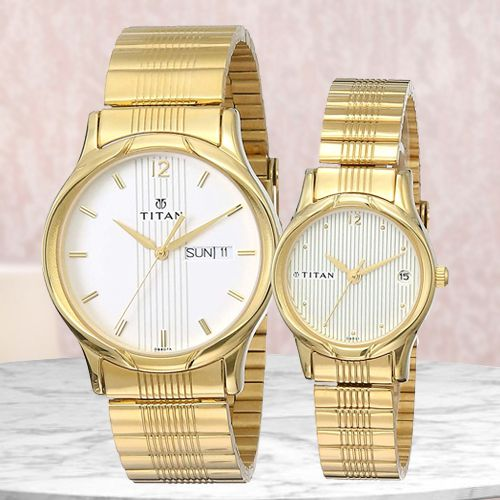 Marvelous Titan Bandhan Analog Couple Watch