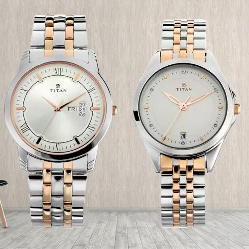 Fabulous Titan Analog Watch for Couple